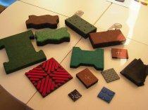 Плитка з каучукової крихти вражає своєю різноманітністю