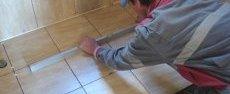 Перевірка рівня покладеної плитки